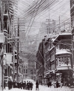 NYC's pre-blizzard wiring system. Photo from Trivia Today.