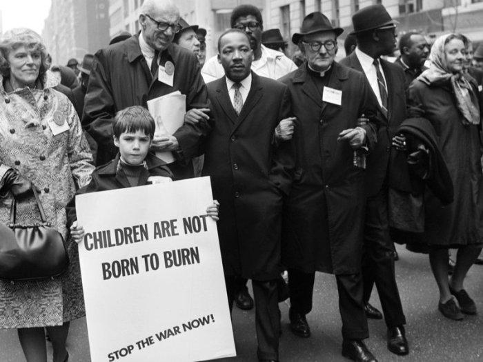 King protesting the Vietnam War in New York with Benjamin Spock, 1967.