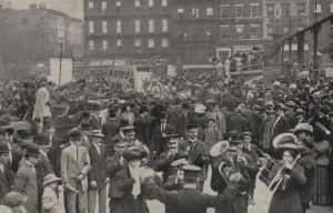 This grainy photo from NY History blog is the only picture I could find from this rally. If you've got a better one, lemme know.